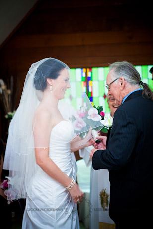 an island hideaway wedding - jess + michael - kiss the groom-0089