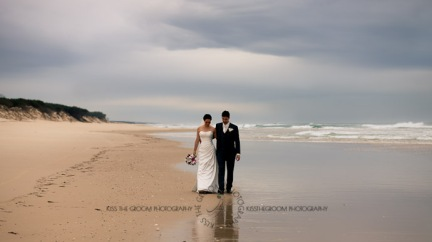 an island hideaway wedding - jess + michael - kiss the groom-0195