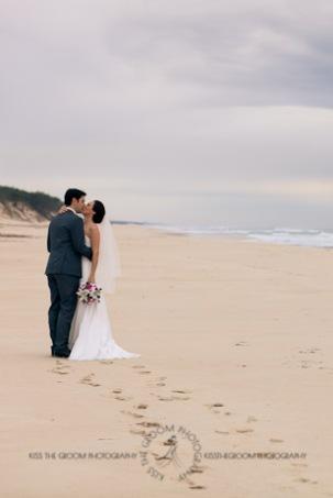 an island hideaway wedding - jess + michael - kiss the groom-0209
