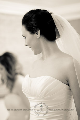 an island hideaway wedding - jess + michael - kiss the groom-0620
