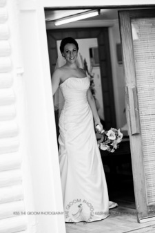 an island hideaway wedding - jess + michael - kiss the groom-0650