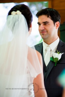 an island hideaway wedding - jess + michael - kiss the groom-0697
