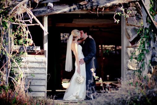 pollys kitchen wedding paige ken kiss the groom-0390
