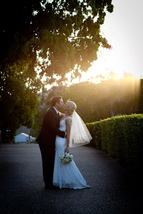 toparies wedding tamka patrick kiss the groom photography-0435