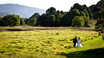 summergrove estate wedding sally brendan kiss the groom-0475