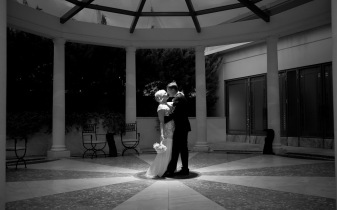 palazzo versace wedding sophie todd kiss the groom photography-13