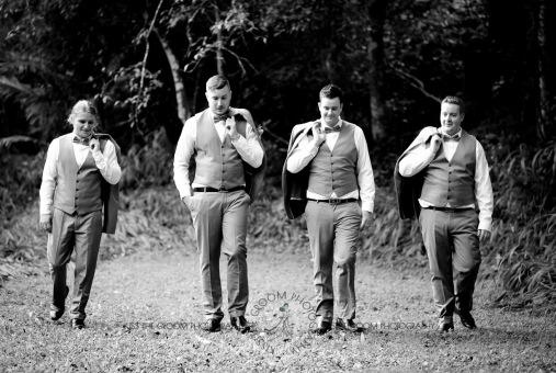 eco fellini wedding amanda ben kiss the groom photography-0291