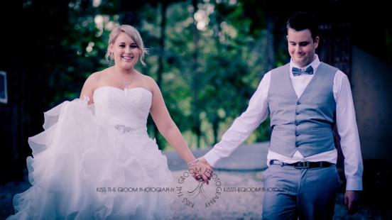 eco fellini wedding amanda ben kiss the groom photography-0424