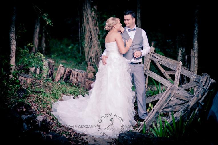 eco fellini wedding amanda ben kiss the groom photography-0428