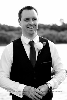 kingscliff bowls club boat shed wedding sarah joe kiss the groom photography-0125