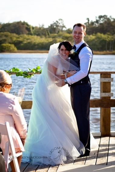 kingscliff bowls club boat shed wedding sarah joe kiss the groom photography-0273