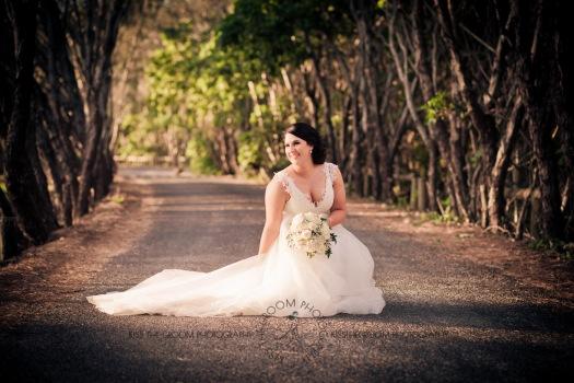 kingscliff bowls club boat shed wedding sarah joe kiss the groom photography-0441