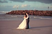 kingscliff bowls club boat shed wedding sarah joe kiss the groom photography-0484