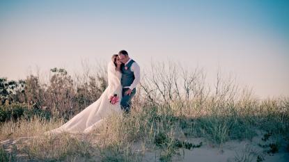 soul surfers paradise vikki josh kiss the groom photography-0292