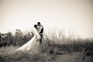 soul surfers paradise vikki josh kiss the groom photography-0296