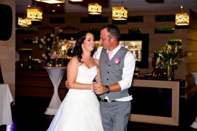 soul surfers paradise vikki josh kiss the groom photography-2-11