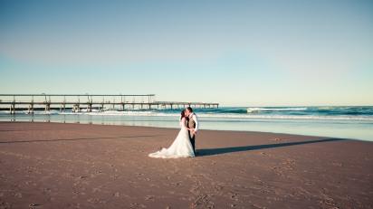 soul surfers paradise vikki josh kiss the groom photography-2-5