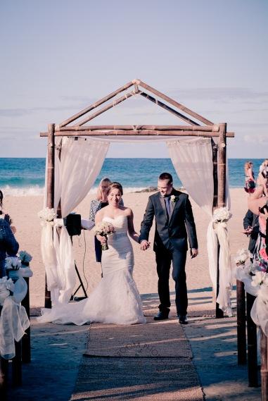 coolangatta kirra wedding anne marie shane kiss the groom photography-0490