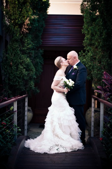 sanctuary cove hope island wedding samantha paul kiss the groom photography-0283