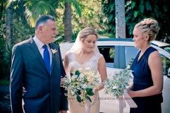 amore gardens yasmin dahmon wedding kiss the groom gold coast photography-0259