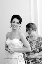 currumbin vikings beach wedding tatiana raylander kiss the groom gold coast wedding photographer-0009