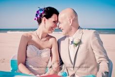 currumbin vikings beach wedding tatiana raylander kiss the groom gold coast wedding photographer-0320