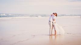 casuarine beach wedding barry cat kiss the groom gold coast wedding photographer-0750