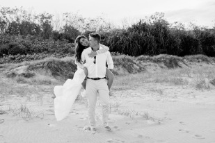 casuarine beach wedding barry cat kiss the groom gold coast wedding photographer-0849