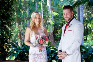 cedar creek lodges trina steve wedding kiss the groom mt tamborine wedding photographer-0287