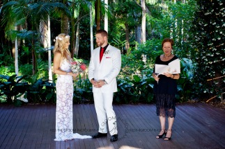 cedar creek lodges trina steve wedding kiss the groom mt tamborine wedding photographer-0295