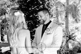 cedar creek lodges trina steve wedding kiss the groom mt tamborine wedding photographer-0391