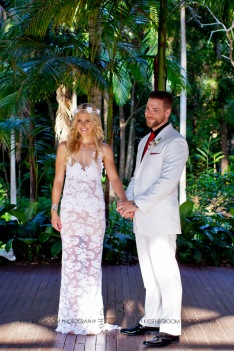 cedar creek lodges trina steve wedding kiss the groom mt tamborine wedding photographer-0462