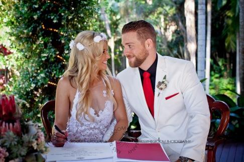 cedar creek lodges trina steve wedding kiss the groom mt tamborine wedding photographer-0481