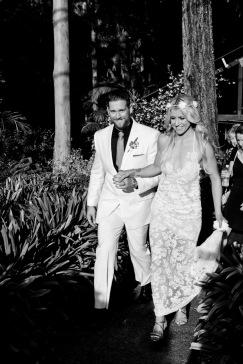 cedar creek lodges trina steve wedding kiss the groom mt tamborine wedding photographer-0566