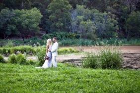 cedar creek lodges trina steve wedding kiss the groom mt tamborine wedding photographer-0604