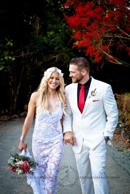 cedar creek lodges trina steve wedding kiss the groom mt tamborine wedding photographer-0658