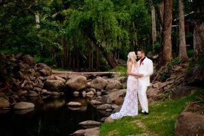 cedar creek lodges trina steve wedding kiss the groom mt tamborine wedding photographer-0751