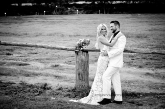cedar creek lodges trina steve wedding kiss the groom mt tamborine wedding photographer-0760