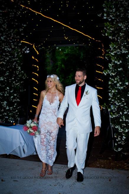cedar creek lodges trina steve wedding kiss the groom mt tamborine wedding photographer-0775