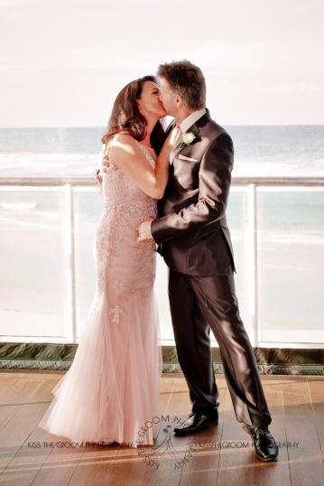 oskars wedding vicki karl kiss the groom gold coast wedding photographer-0206
