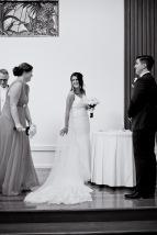racv royal pines wedding shannon matt kiss the groom gold coast wedding photographer-0529