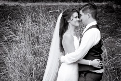 racv royal pines wedding shannon matt kiss the groom gold coast wedding photographer-0900