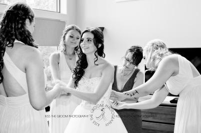 st bernards mt tamborine nikita james wedding kiss the groom mt tamborine wedding photographer-0204