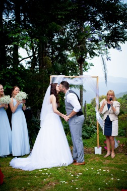 st bernards mt tamborine nikita james wedding kiss the groom mt tamborine wedding photographer-0489