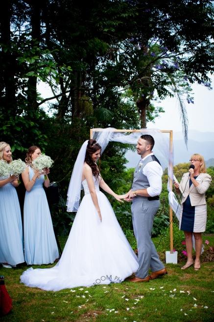 st bernards mt tamborine nikita james wedding kiss the groom mt tamborine wedding photographer-0490