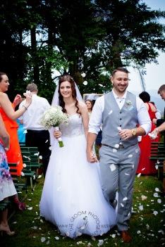 st bernards mt tamborine nikita james wedding kiss the groom mt tamborine wedding photographer-0528