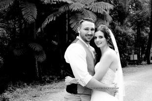 st bernards mt tamborine nikita james wedding kiss the groom mt tamborine wedding photographer-0703