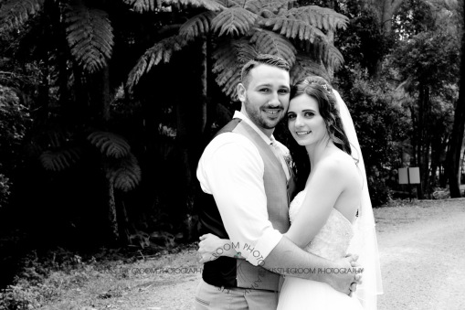 st bernards mt tamborine nikita james wedding kiss the groom mt tamborine wedding photographer-0703