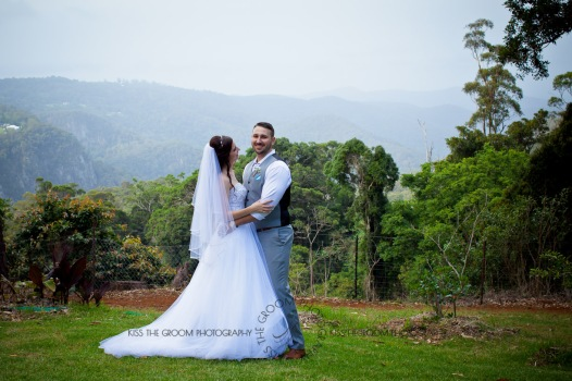 st bernards mt tamborine nikita james wedding kiss the groom mt tamborine wedding photographer-0725