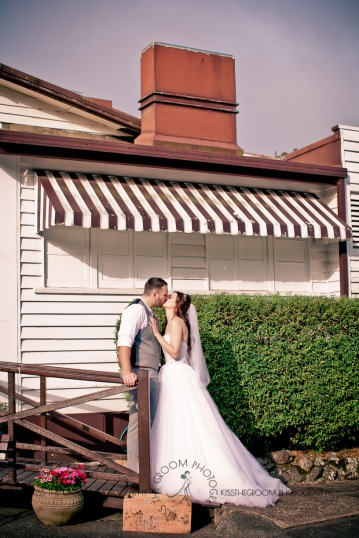 st bernards mt tamborine nikita james wedding kiss the groom mt tamborine wedding photographer-0780